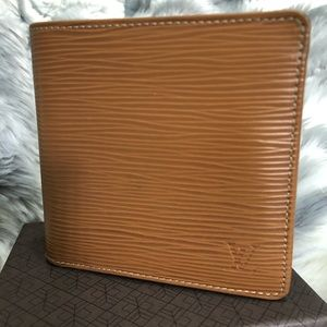 Louis Vuitton Men's Vintage Wallet